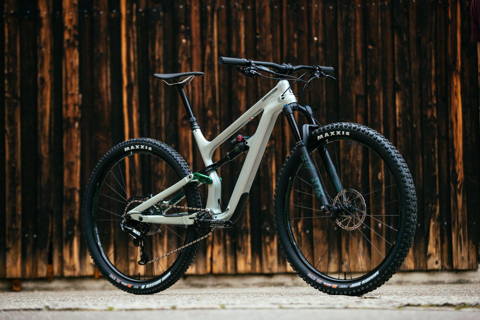 Značka Cannondale představila zcela nové trailové kolo Habit  4c0eaa9a64