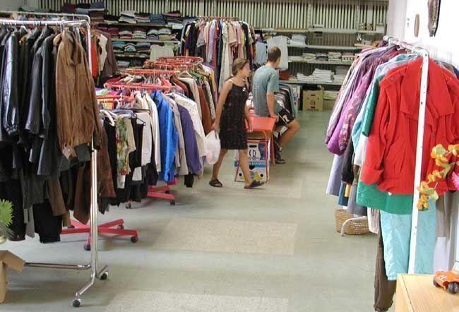 Tuzemští výrobci zimního oblečení a sportovního zboží sice letošní teplou  zimu zatím na tržbách příliš nepocítili 69cf536380