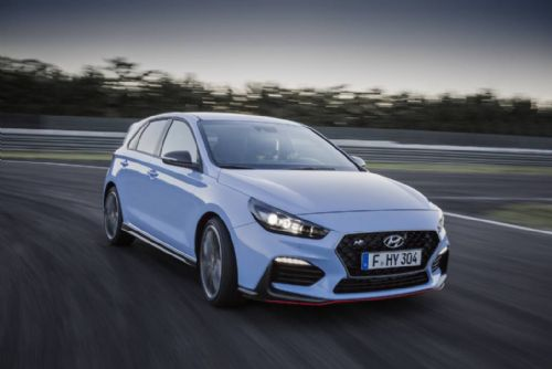"Foto: Hyundai i30 N vítězem ankety ""Sports Cars of the Year 2018"""