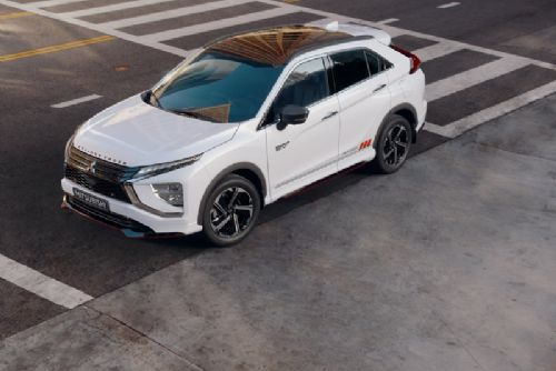 Foto: Nový Mitsubishi Eclipse Cross Plug-In Hybrid
